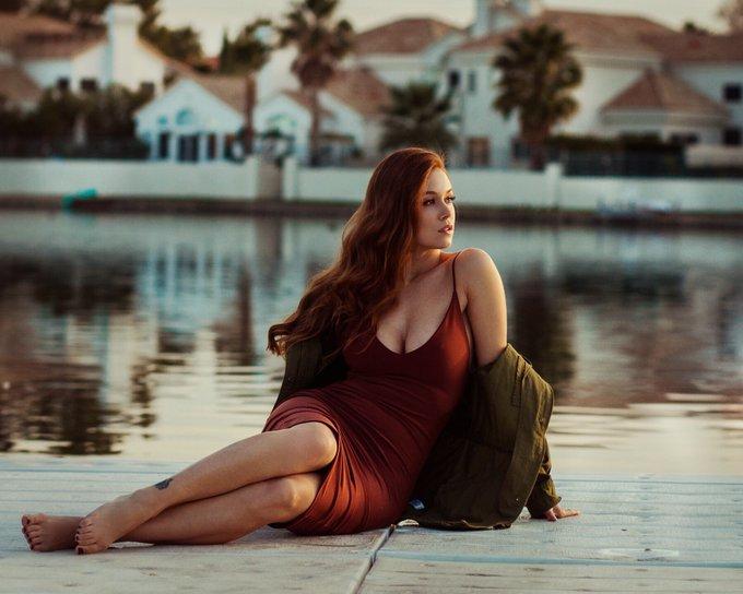 1 pic. ❤️❤️❤️ #photographer @soul_s_imagery #dress @honeybum https://t.co/51Ri4J3orH