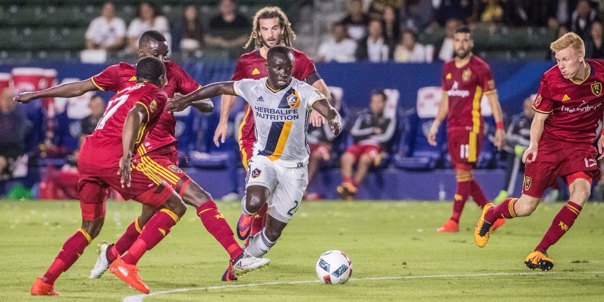 🌵#LAGalaxy to face Real Salt Lake in 2018 Mobile Mini Sun Cup: https://t.co/7sUoKFFyUV https://t.co/oCJeHMZQjI
