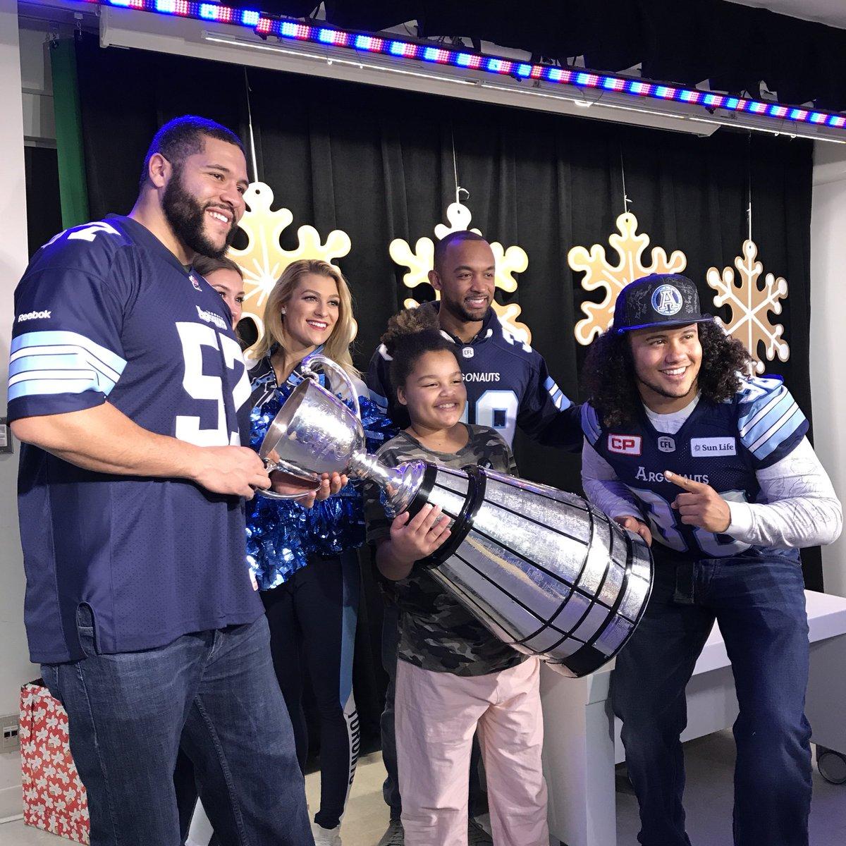 RT @TorontoArgos: We met the real champs today @sickkids 🏆  #ArgosFootball #GreyCup https://t.co/MEqZtyPp9a