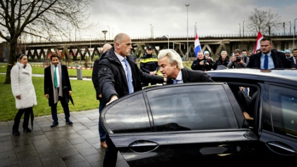 Far-right Dutch party drops polls hopeful for praising revisionist