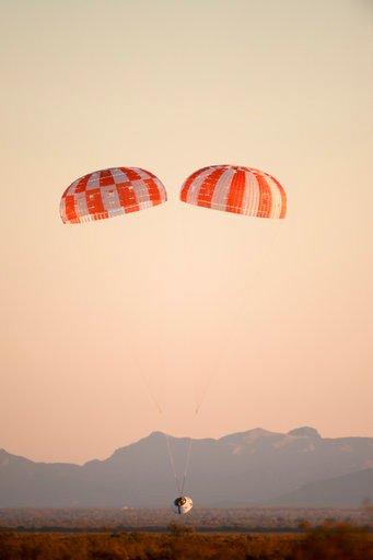 NASA drops replica Orion spacecraft to test parachutes