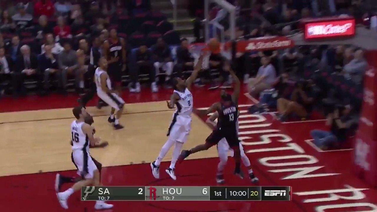 Good offense, better defense!  #GoSpursGo/ #Rockets https://t.co/ChodLaXYW6