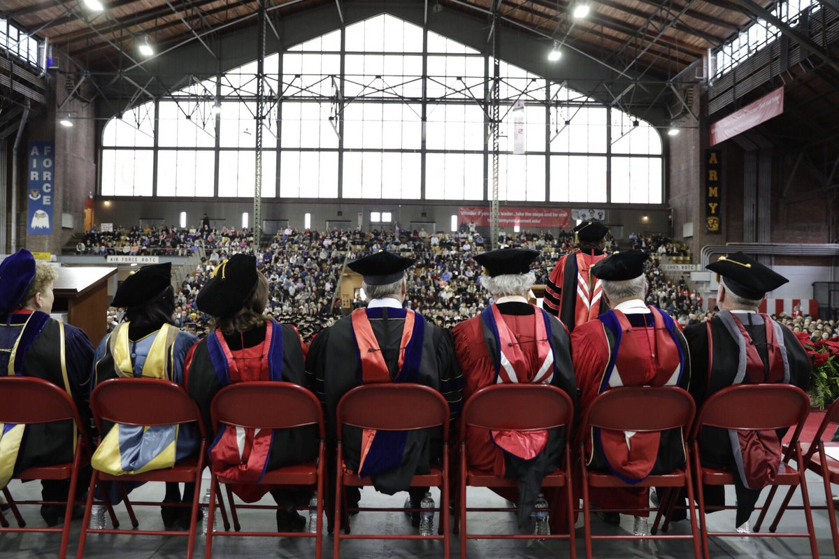 Congratulations to our #Cornell2018 graduates at today's recognition ceremony. Your new adventure begins! 🎓🎓🎓 https://t.co/opaJ3RGiPP