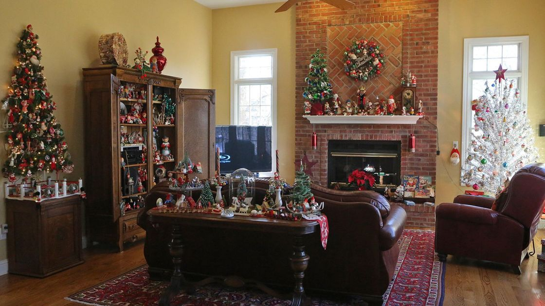 O'Fallon, Ill., couple celebrates holidays throughout the year, but Christmas is the big one