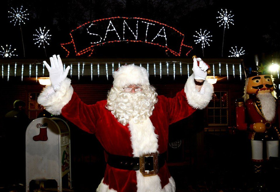 Final days to catch Bright Nights at Forest Park