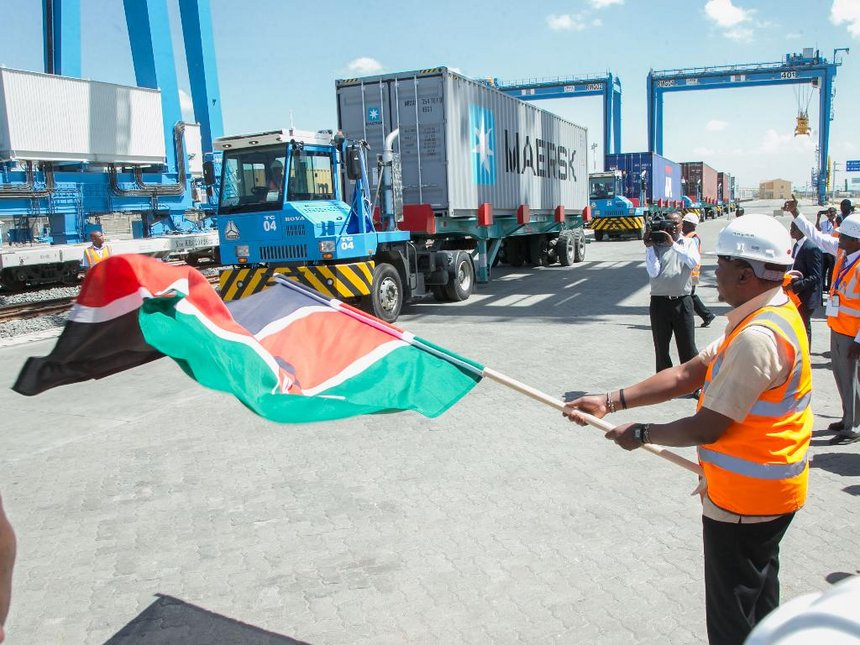 Uhuru launches Sh22b upgraded depot, offers 50% discount to exporters