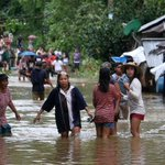 Thousands flee homes as deadly storm hits Philippines