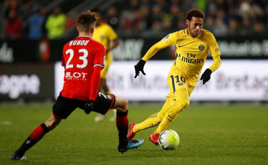 Neymar in devastating form as PSG extend Ligue 1 lead