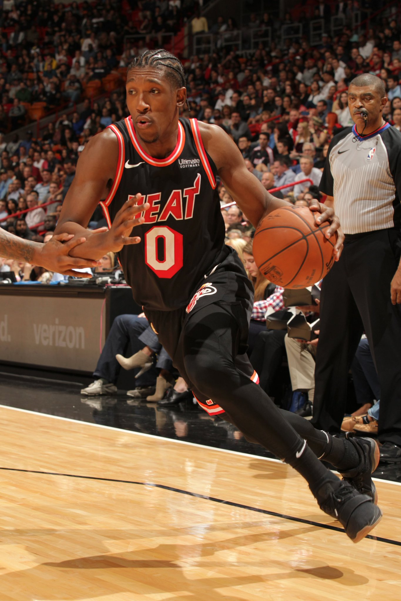 #HeatCulture  @MiamiHEAT escape past @LAClippers 90-85 behind 28 points from Josh Richardson.  DJ: 12 PTS, 20 REB. https://t.co/T343csb4dF