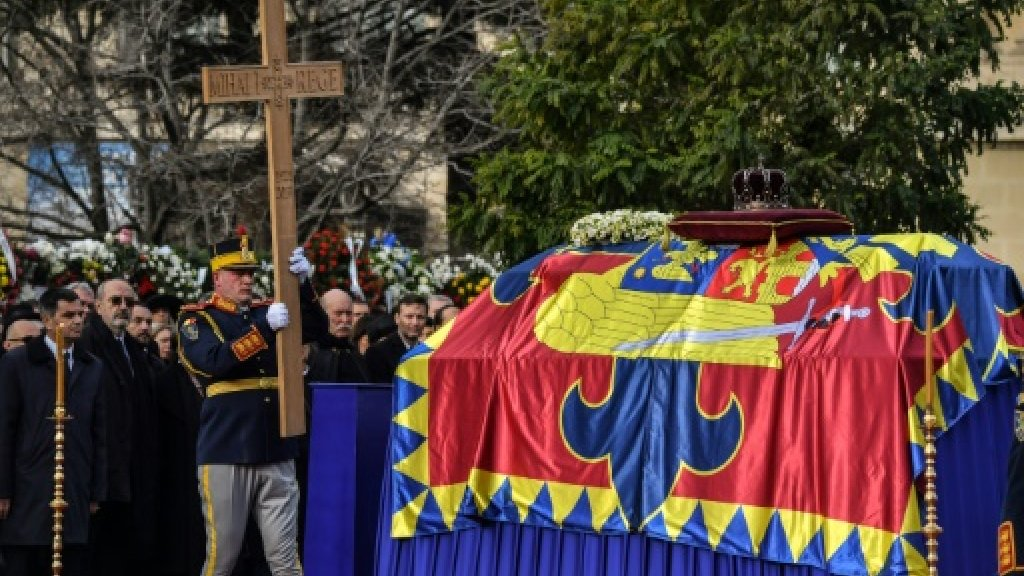 Royals join Romanians at ex king Michael's funeral