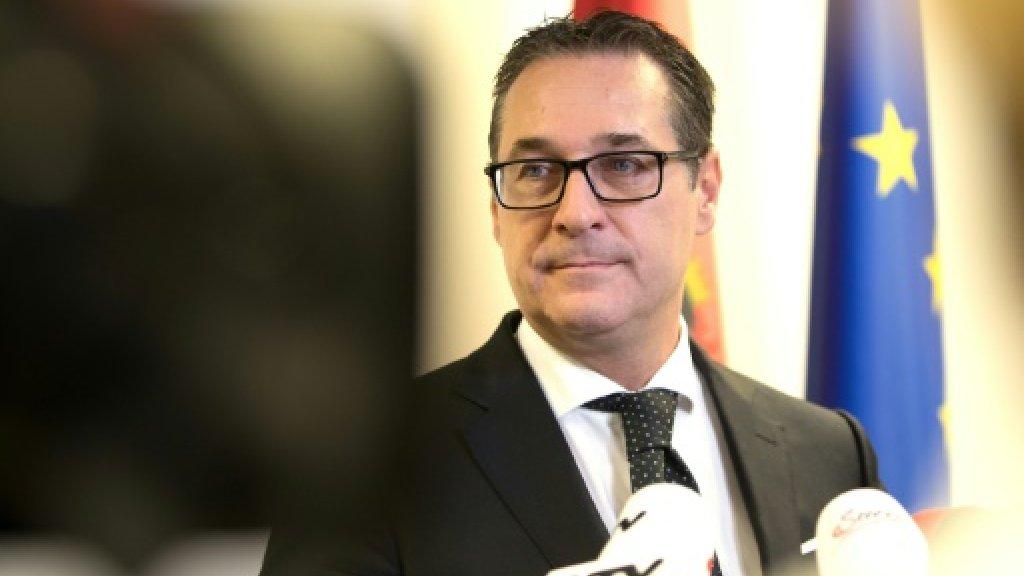 Austria's 'statesmanlike' far-right chief