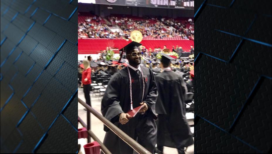 Rolando McClain among 50 Alabama athletes graduating Saturday