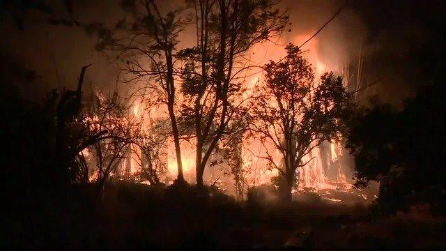 More evacuations from areas near the Thomas Fire inCalifornia