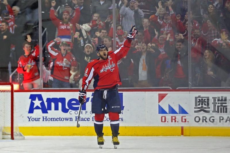 Highlights of Saturday's NHL games https://t.co/rcJE5RPRiI https://t.co/ezHkUlTUww