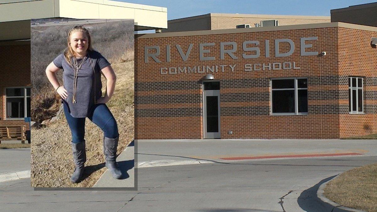Hundreds fill high school gym to remember Megan Klindt