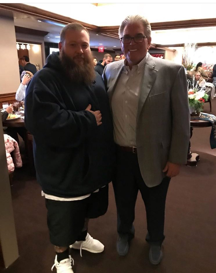 RT @MikeFrancesaNY: Meetin big fans at da game tonight https://t.co/tIwMuHZcyP