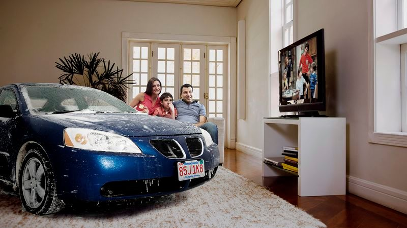 Family Lets Cars Come Inside House During Snowstorm https://t.co/XjvLqcYQvz https://t.co/89GF8LHVPR