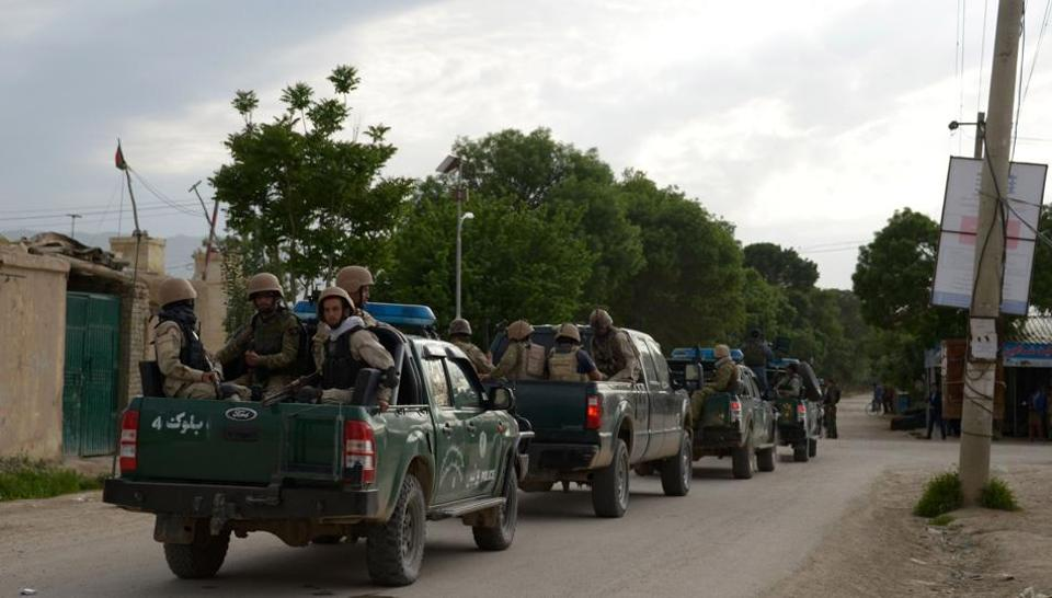 Taliban kill 11 Afghan police in attack on checkpoints in Helmand province