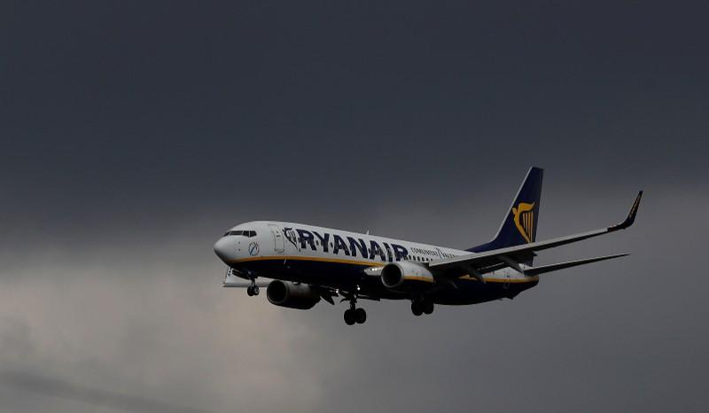 Ryanair offers to meet Irish pilots ahead of strike date