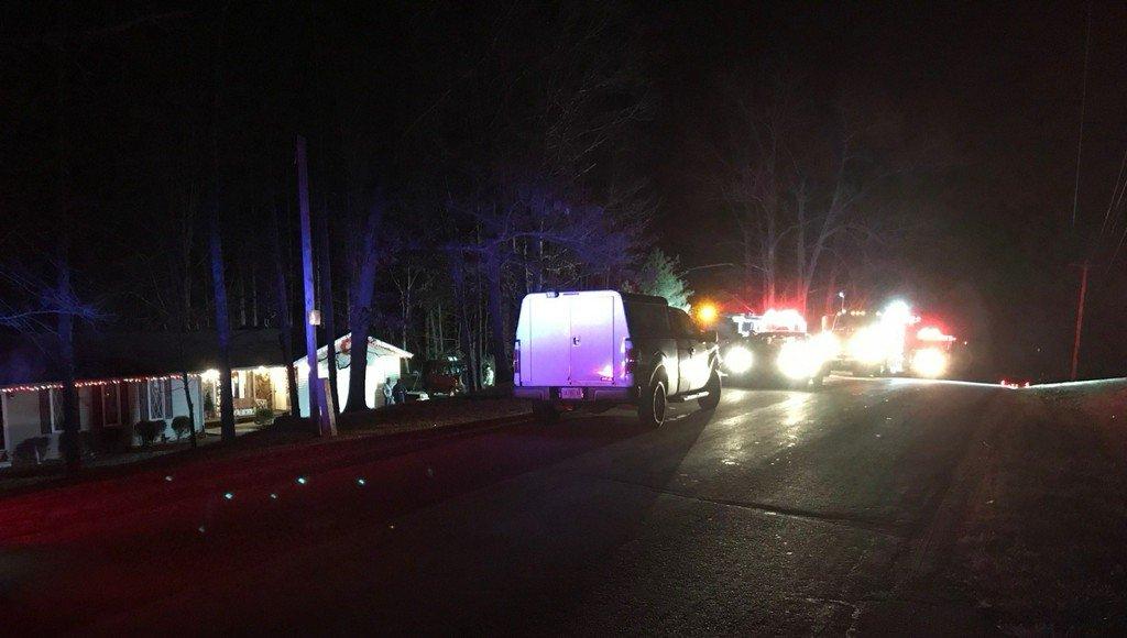 Police: 3 dead in SE Indiana plane crash