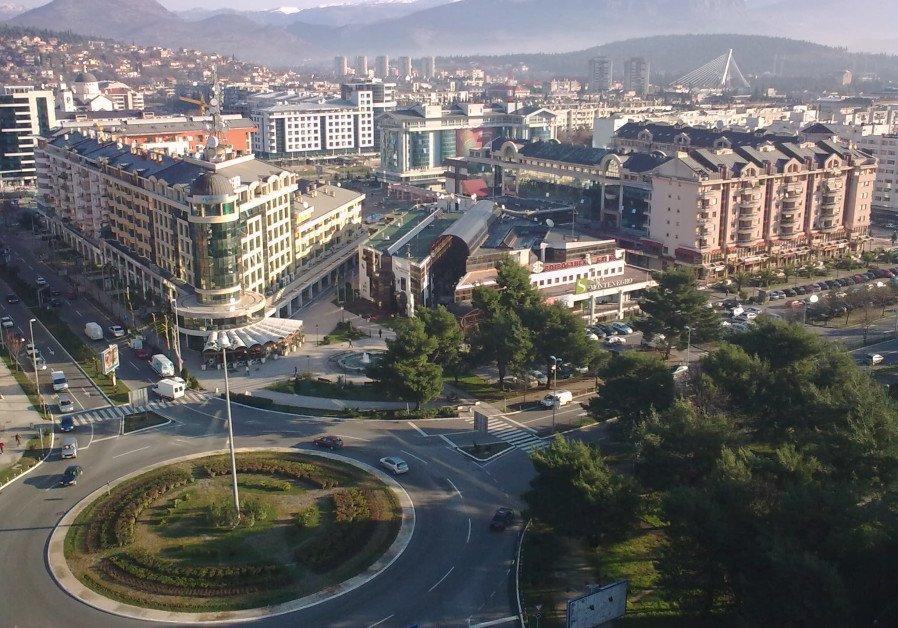 Restoring the Hanukka light in Montenegro