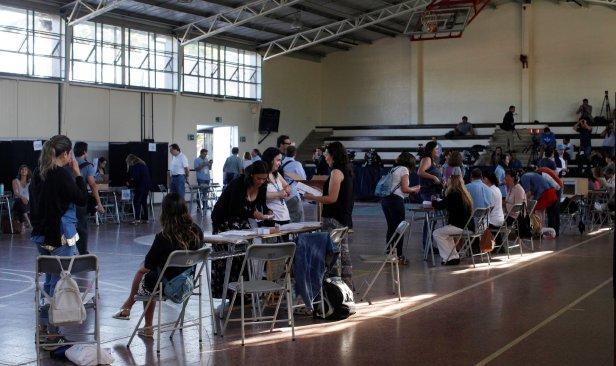 Rakyat Chile pilih presiden hari ini