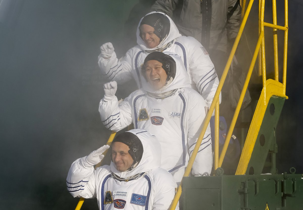 3 Astronauts Take Off For International Space Station