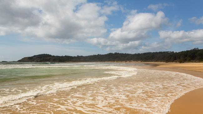 British woman dies after being pulled from NSW beach