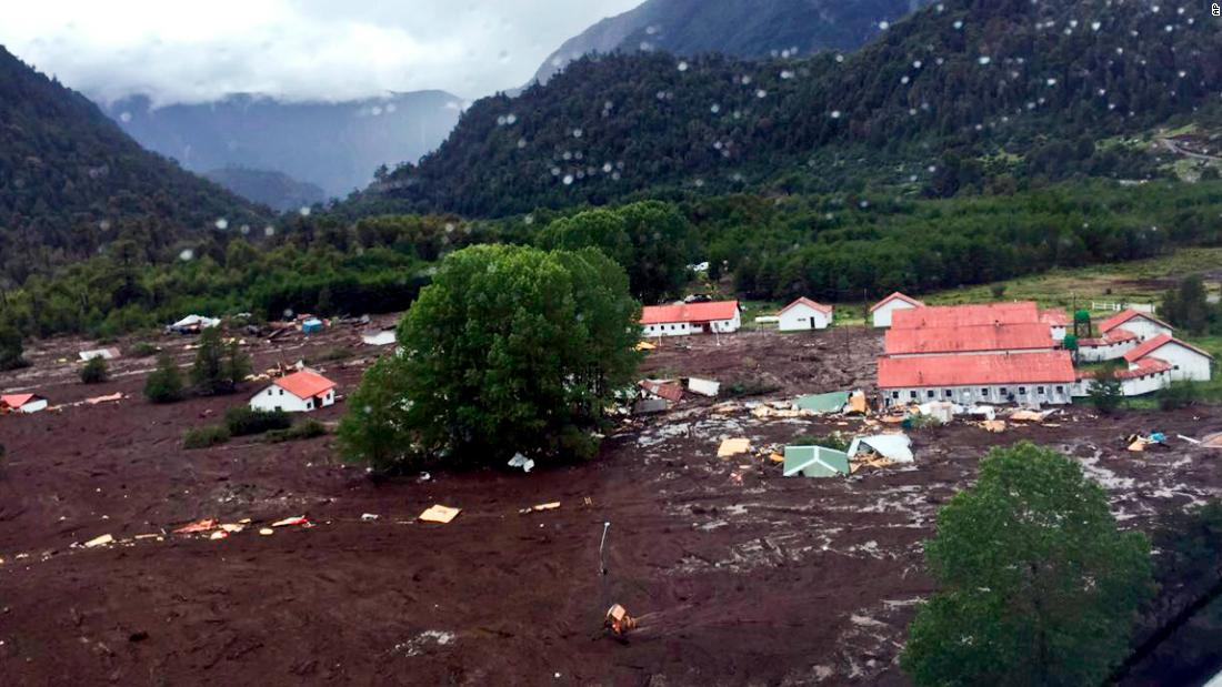 A landslide in Chile has left 5 dead and 15 missing