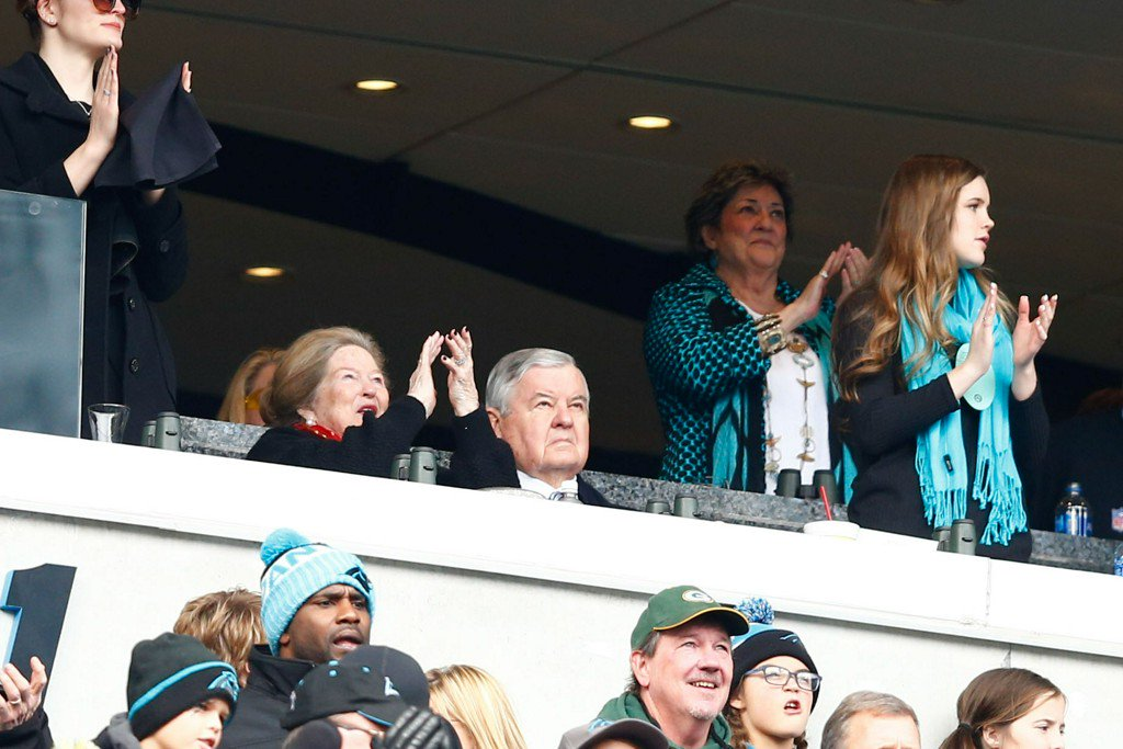 Ex-Panthers employees say Jerry Richardson made payouts for workplace misconduct, SI reports