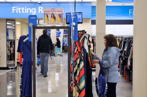 Ross's customer sues, says unhinged door hurt her