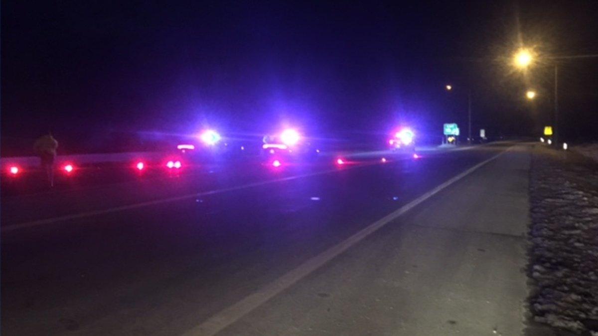 Fatal car crash shuts down Everett Turnpike in Merrimack