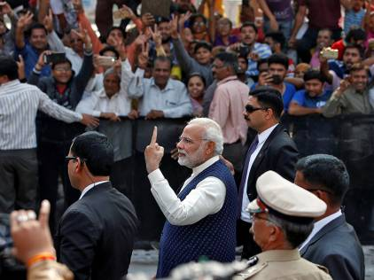 India poll results: BJP, Congress fight it out in Gujarat