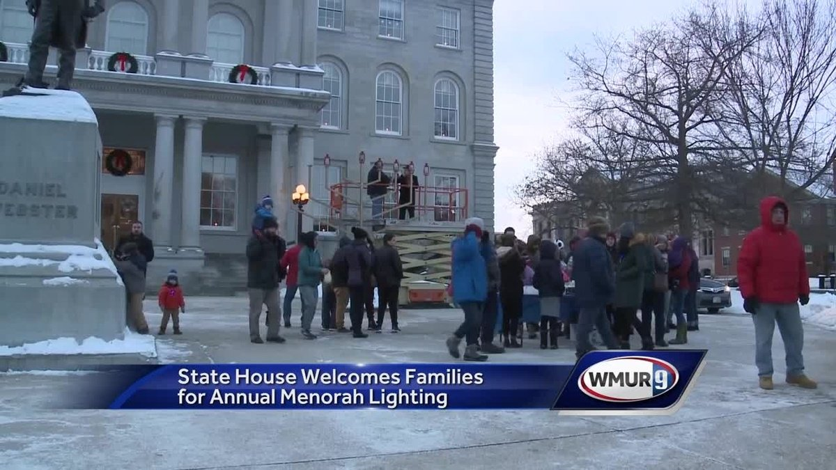 State House welcomes families for annual menorah lighting celebration