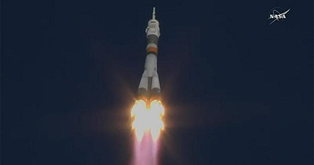 Soyuz takes off for station, SpaceX cargo ship captured