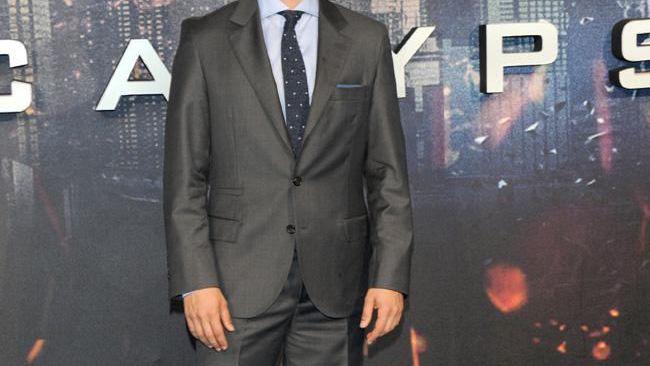 Oscar Isaac in talks for The Addams Family