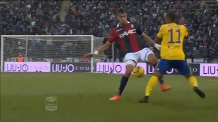 Juventus, i numeri di Douglas Costa! Porta a spasso il Bologna