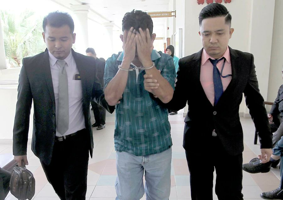 Ex-Telekom Malaysia staff jailed 6 months, fined RM150,000 for graft