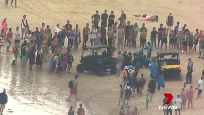 Bondi Beach: Man pulled unconscious from water