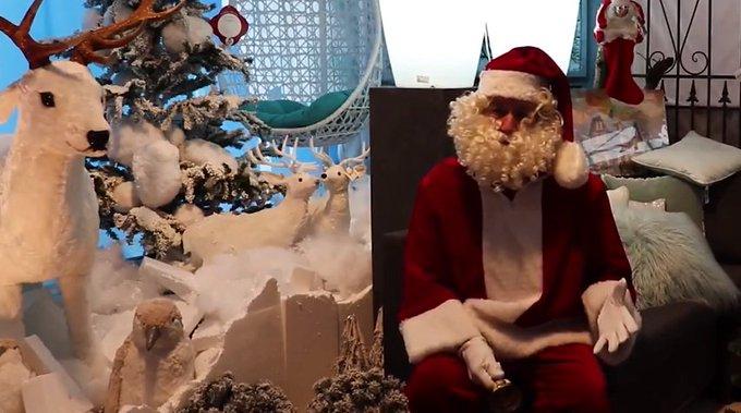 Kerstman in actie voor Westland On Stage https://t.co/fcym0PQvlc https://t.co/SZlvyiRCJb
