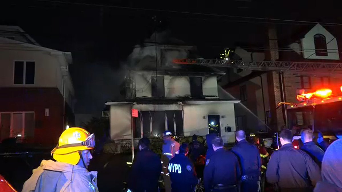 4 dead, including 3 children, in New York City house fire