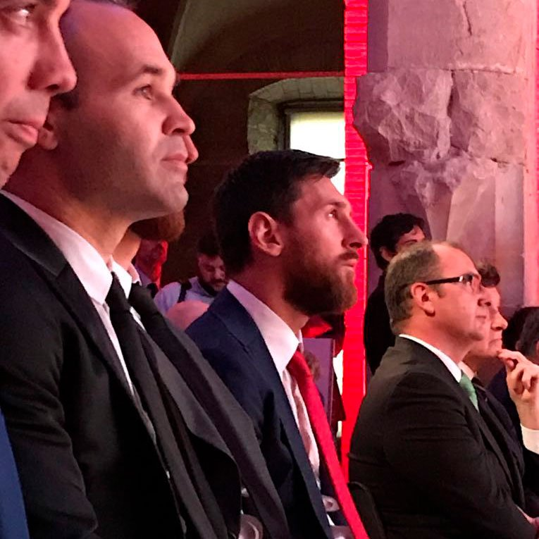 Spain's MVP and the Pichichi winner �� @andresiniesta8 and Leo #Messi await their awards https://t.co/AhVl2xsE1S