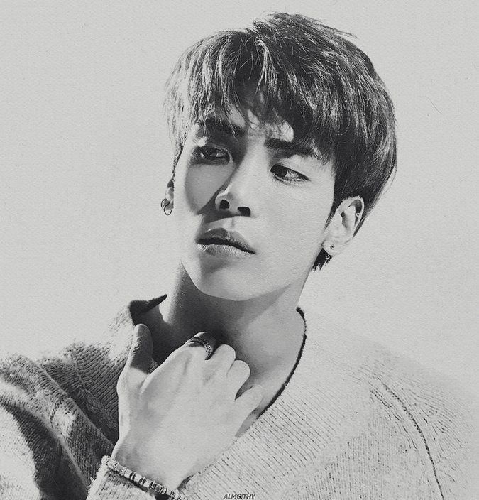 #RIPJongHyun https://t.co/x1ez5fYYPo
