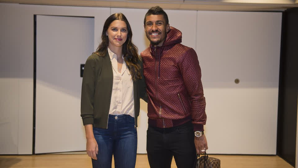 It was great to welcome @alexmorgan13 to Camp Nou for Sunday's victory. Game recognize game! �� https://t.co/GMZaEKp2RG