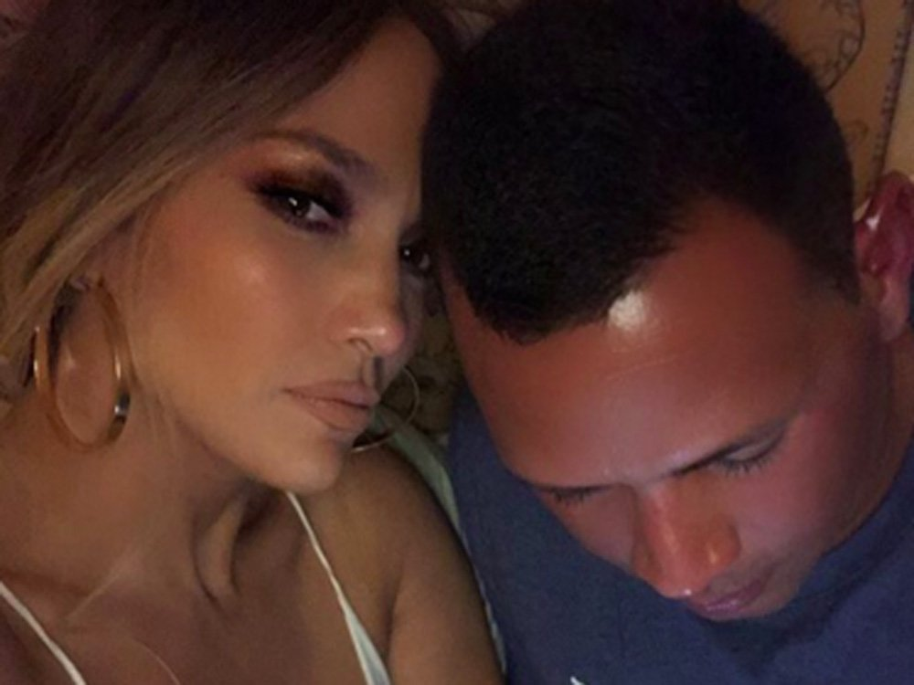 Is Jennifer Lopez Going To Be Getting Engaged Over Christmas…?