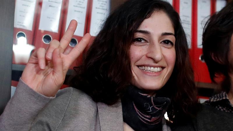 After eight months in prison, German journalist Mesale Tolu released in Turkey