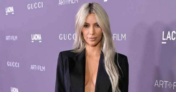 "Kim Kardashian got ""the best Christmas present"" of them all: Her psoriasis is almost gone."