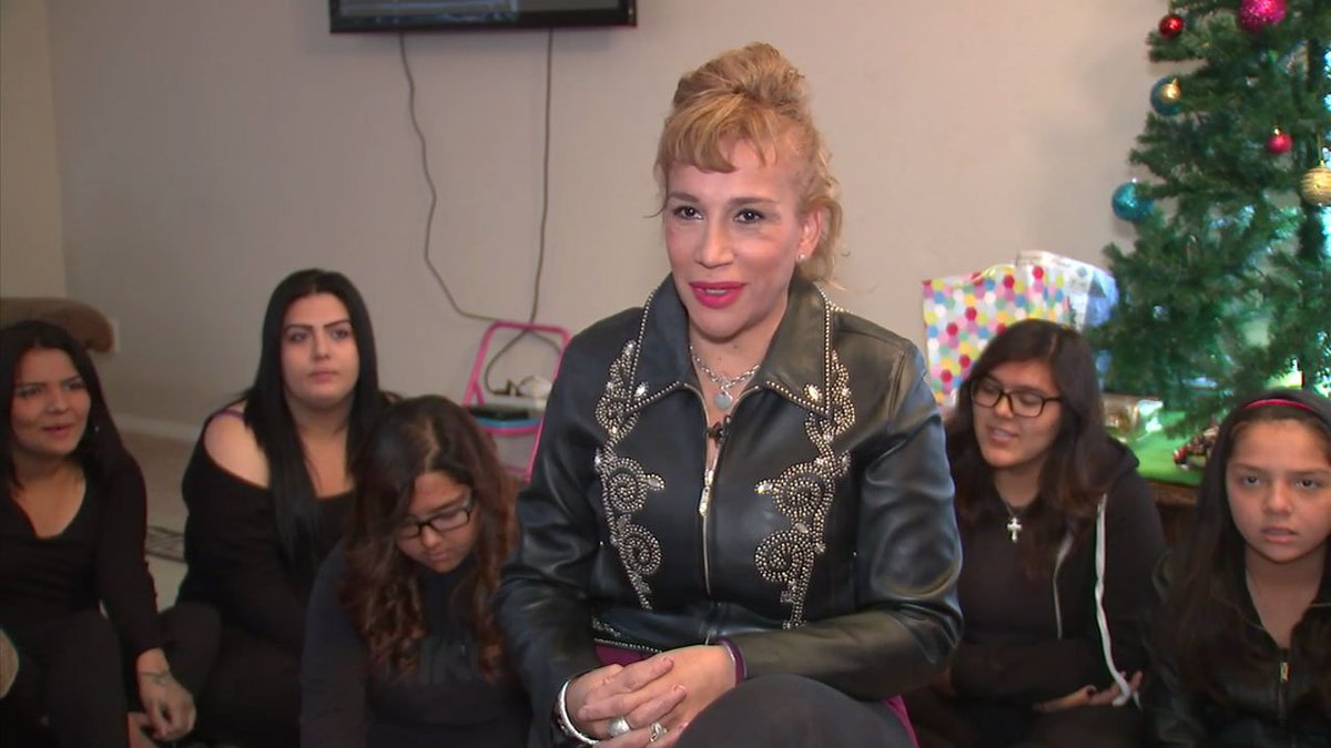 Palmdale woman adopts 5 sisters just in time for christmas ...