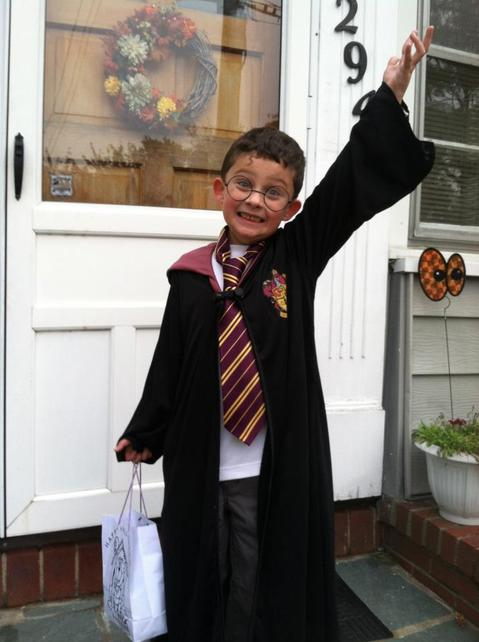 """""""I love Hogwarts and would love to be a professor there, but I'm glad I'm not the administrator in charge of many of their tenured educators."""" @mssackstein discusses """"tragic"""" teaching practices in the #HarryPotter series.  #EWopinion"""