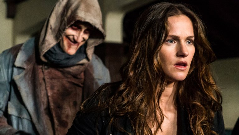 VanHelsing Renewed for Season 3 at Syfy